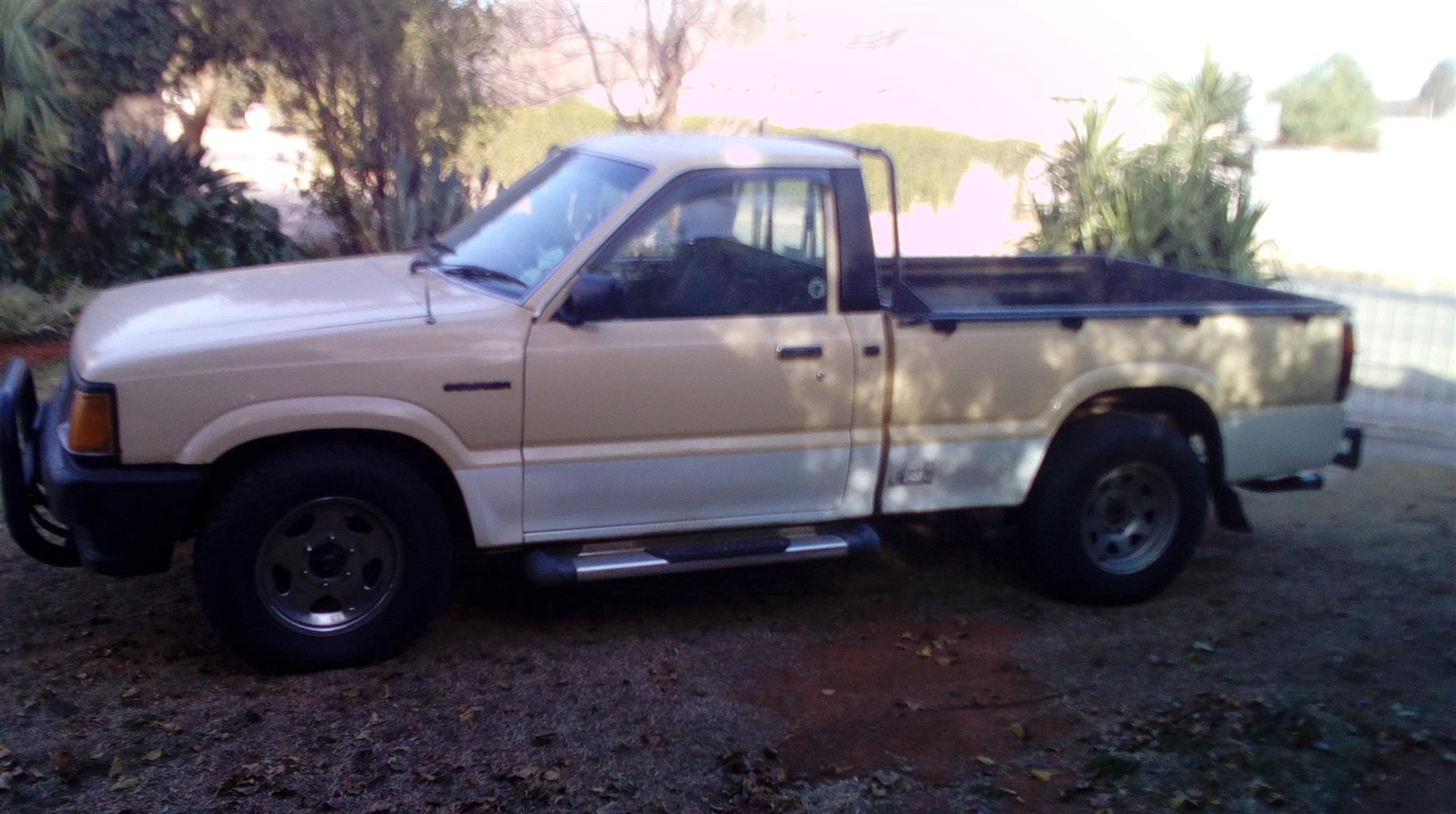1987 Ford Courier