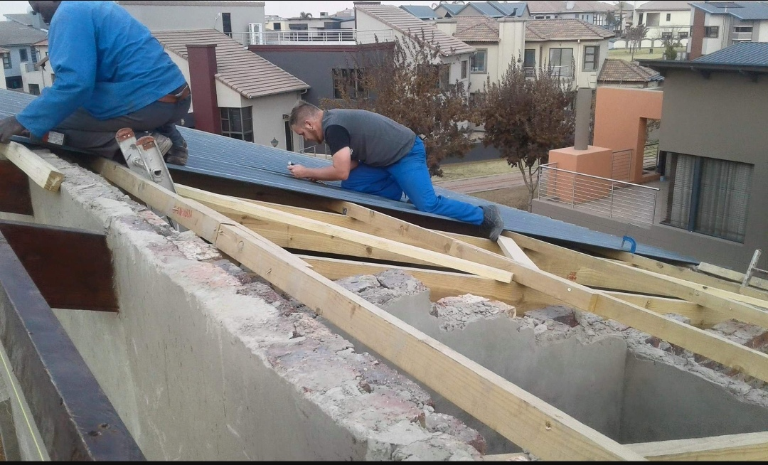 Services - Roof Repairs-Waterproofing of all roofs