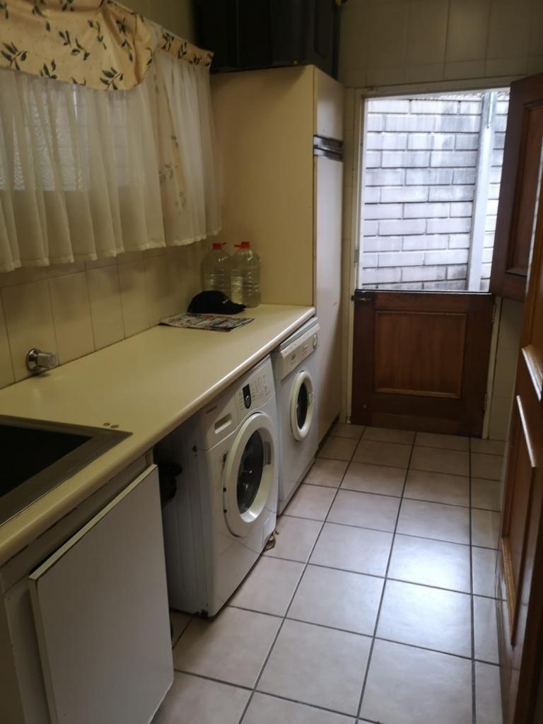 House For Sale in Morningside