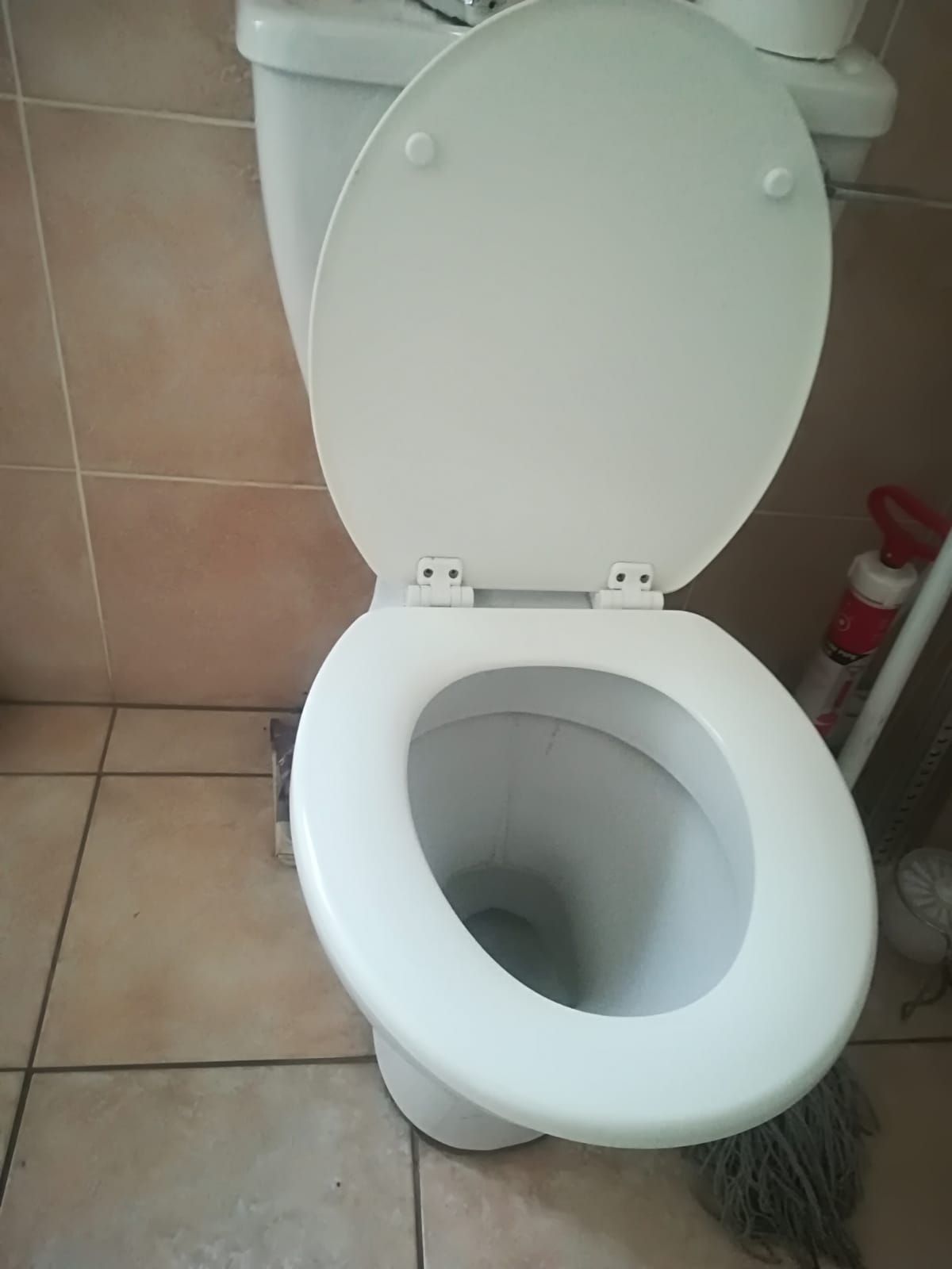 Second hand sanitary ware
