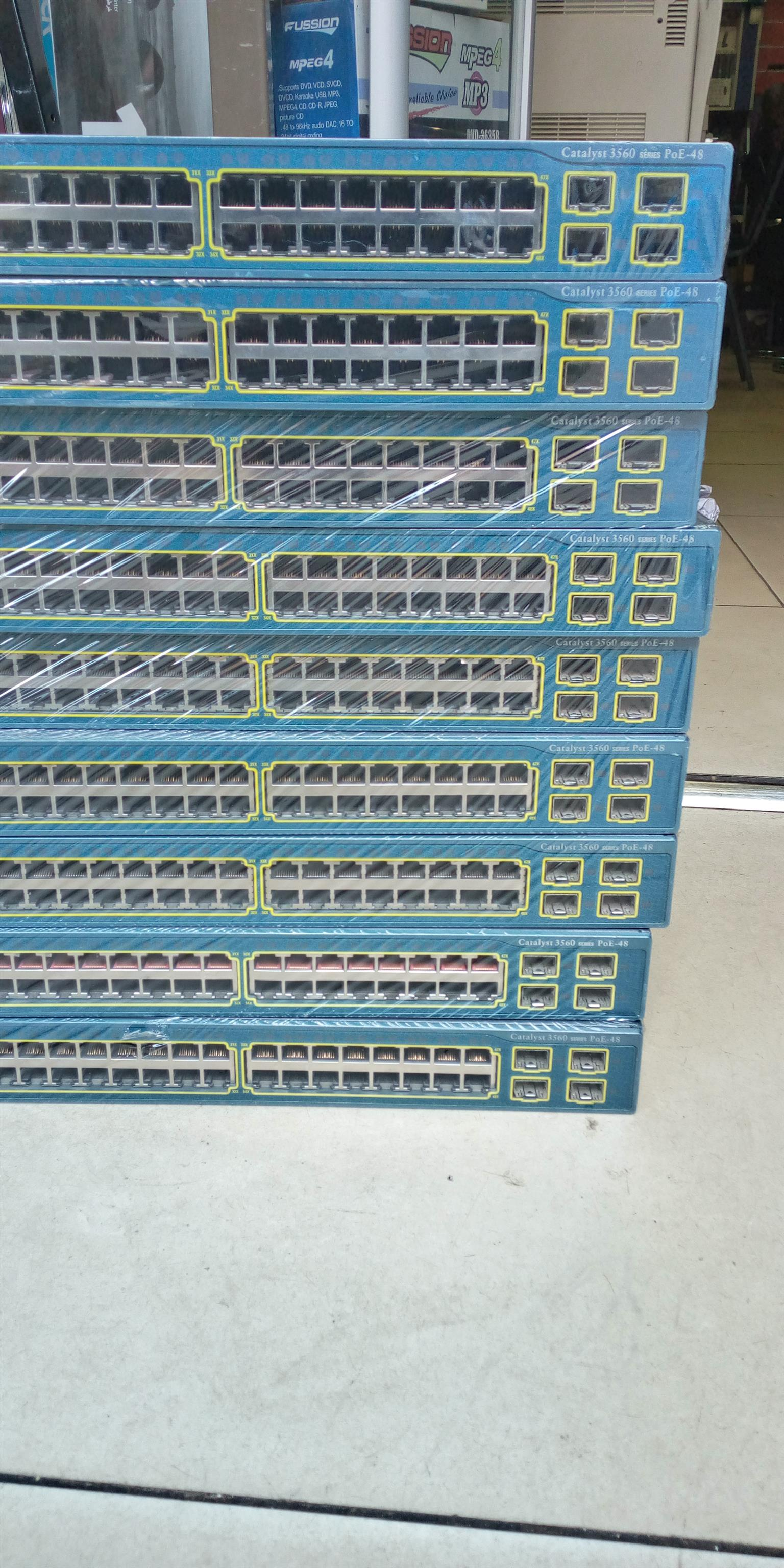 Cisco WS-C3560G-24PS-S Catalyst 3560G-24PS 48 Ports Switch