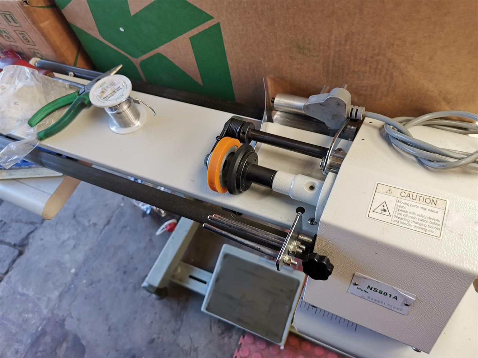 Industry sawing machine