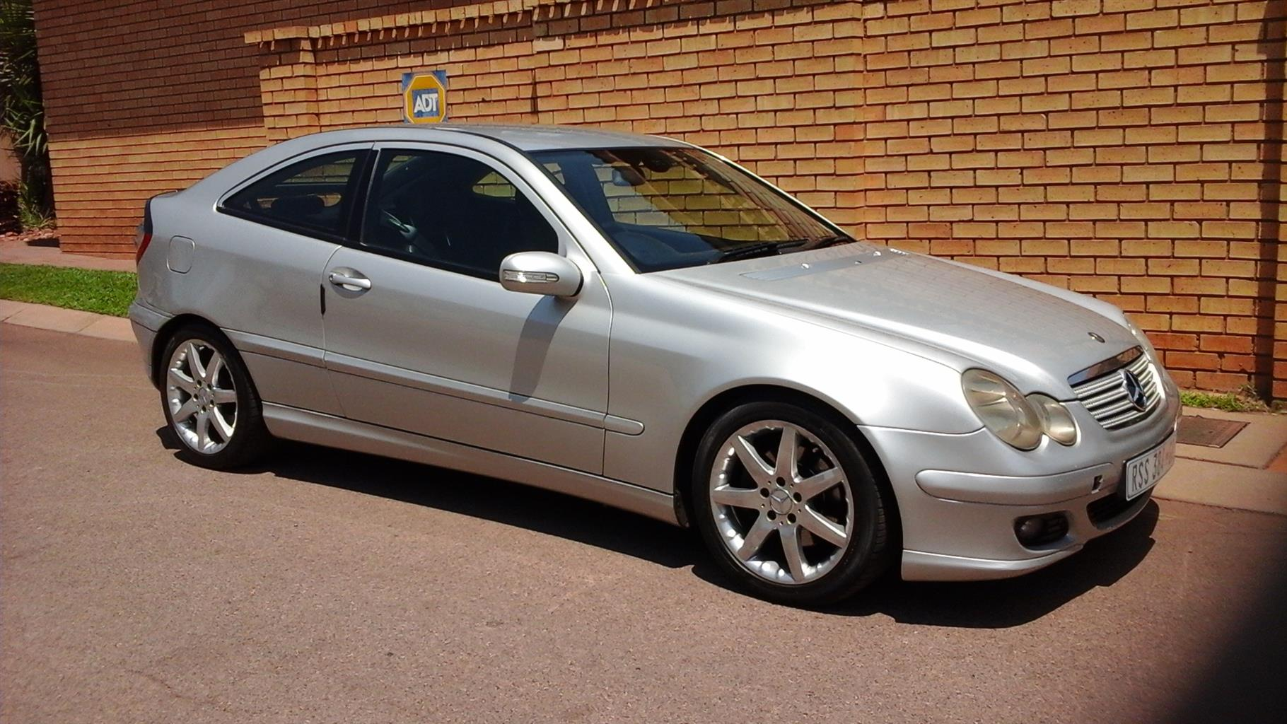 2004 Mercedes Benz C Class C230 Kompressor Sports Coupe Evolution