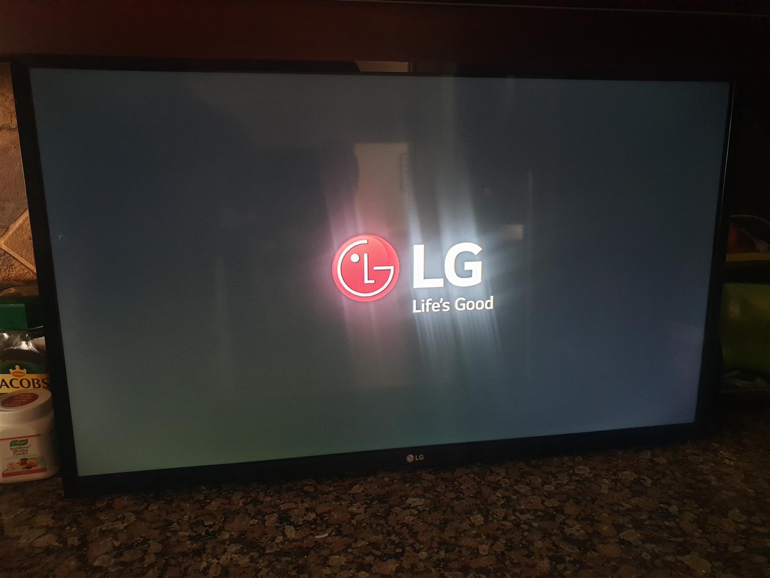 32 Inc LG tv