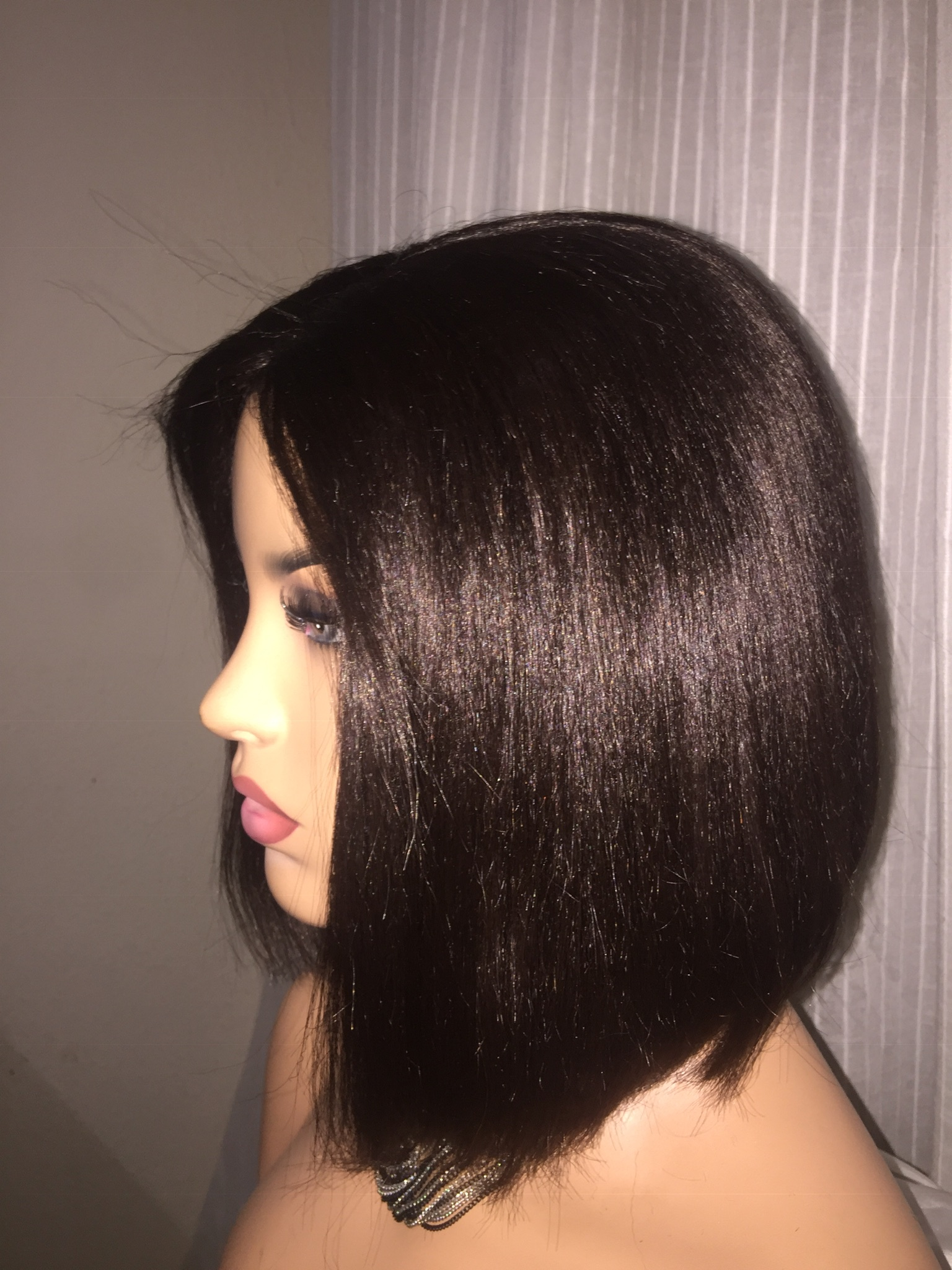 Bob wig with neat lace closure