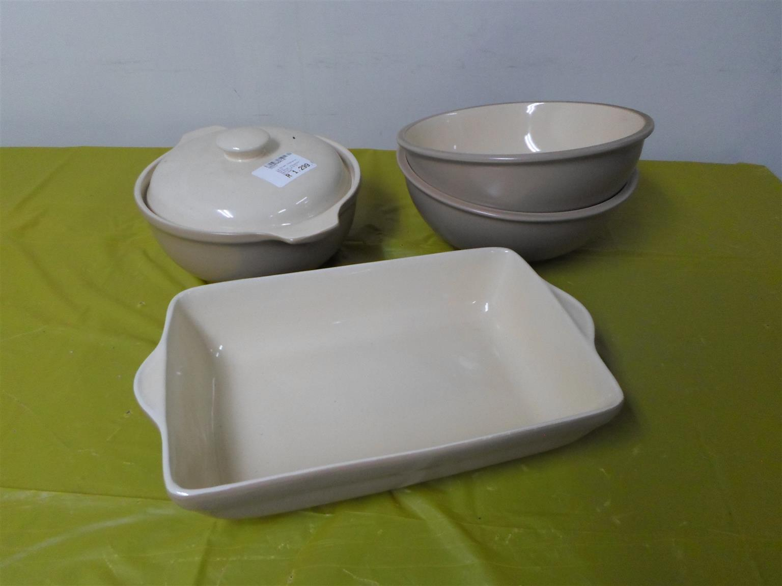 Le Morgan Cookware Set