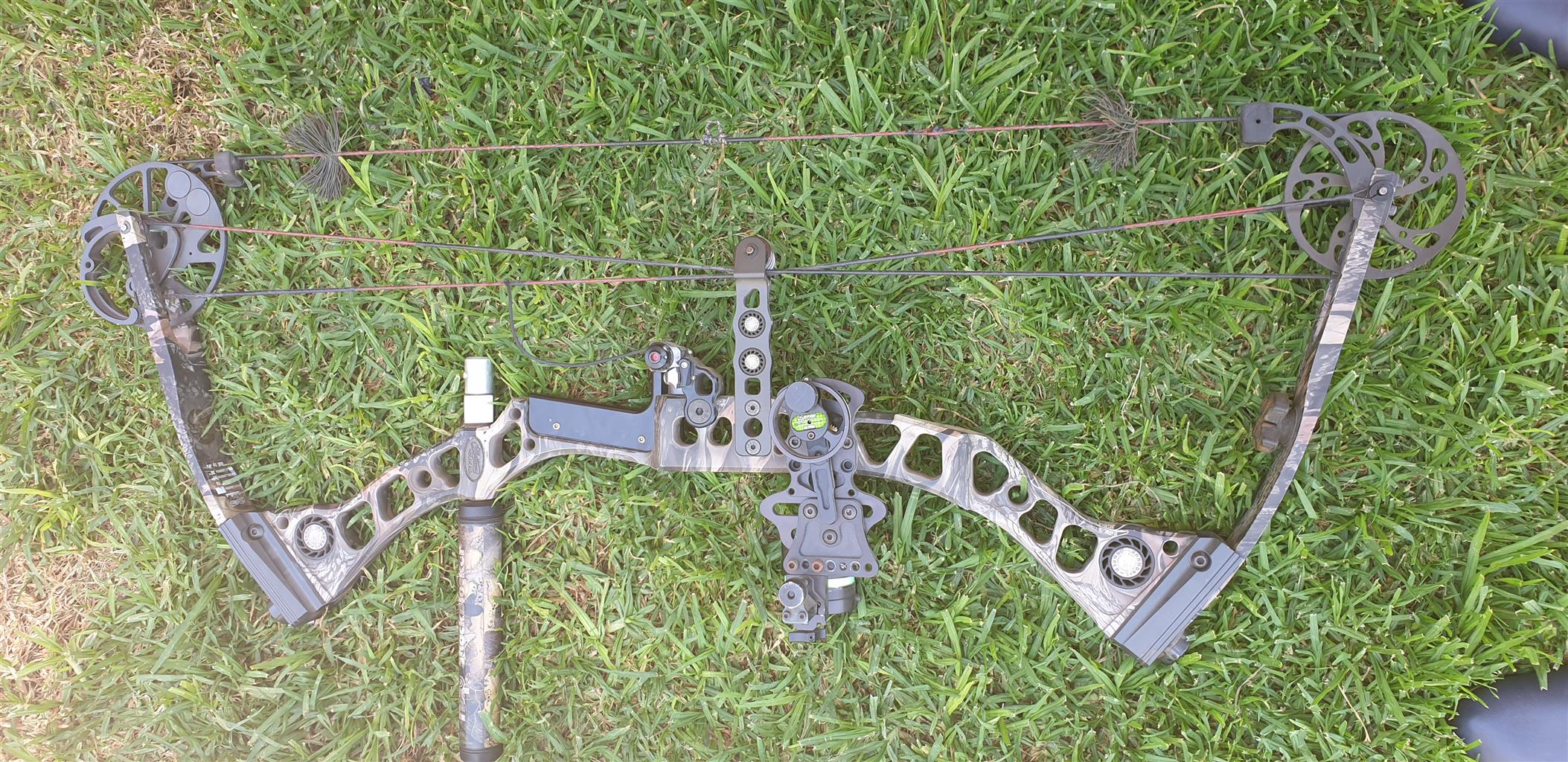 Mathews solarcam switchback bow for sale