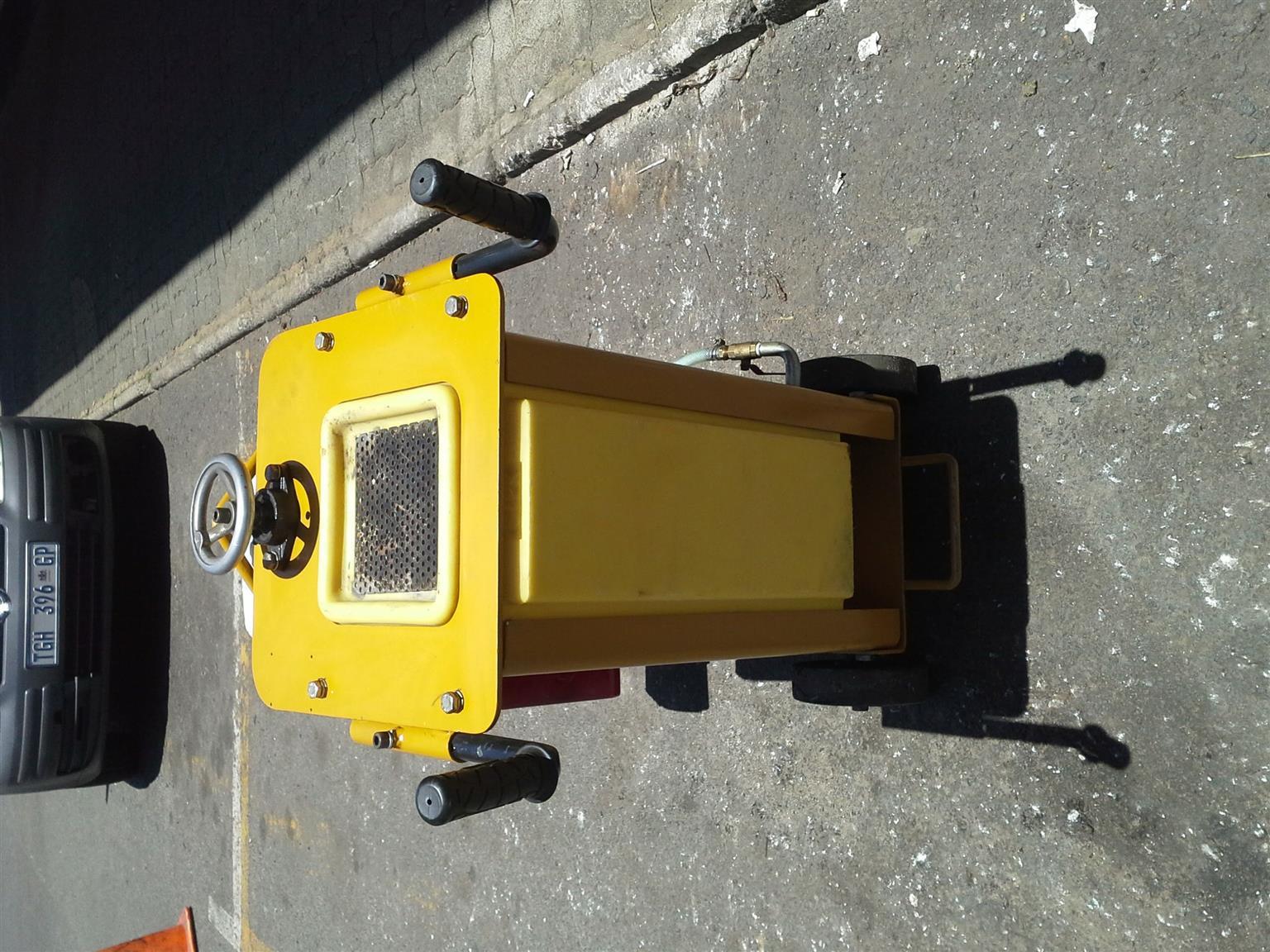 Hoppt/Honda Concrete cutter