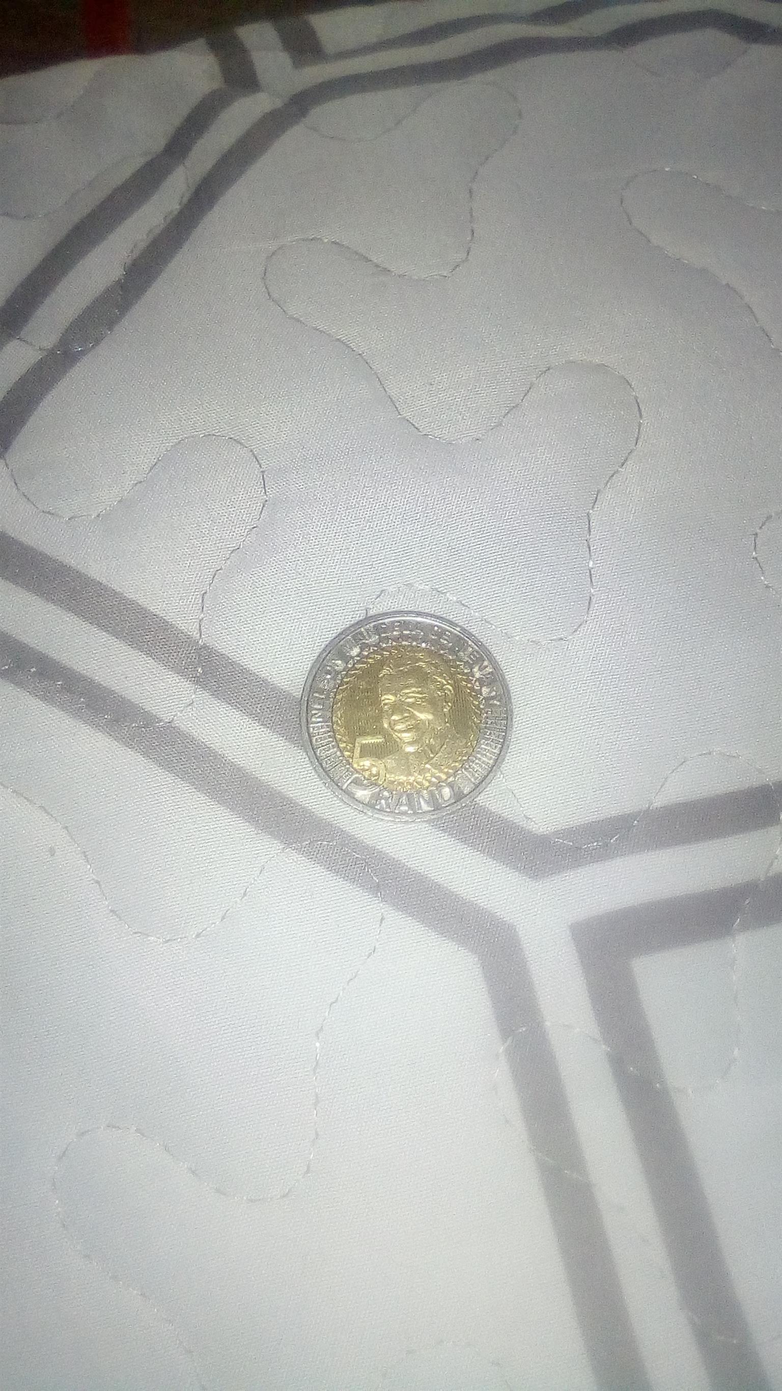 Selling Mandela 2018 coin