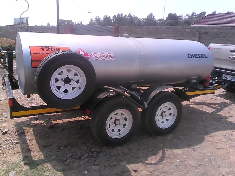 2000 liters Tanker  Mild or Stainless Steel