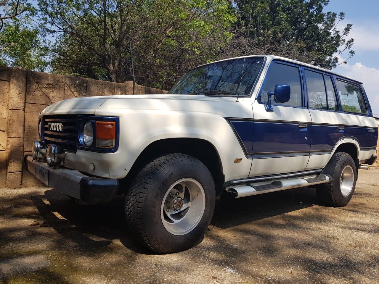 1985 Toyota Land Cruiser 76 Station Wagon LANDCRUISER 76 4.5D V8 S/W