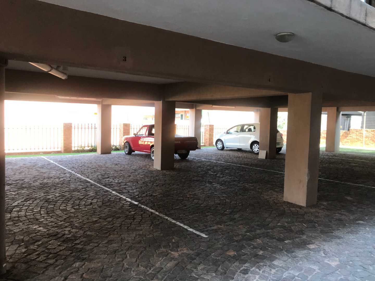Townhouse For Sale in Alberton