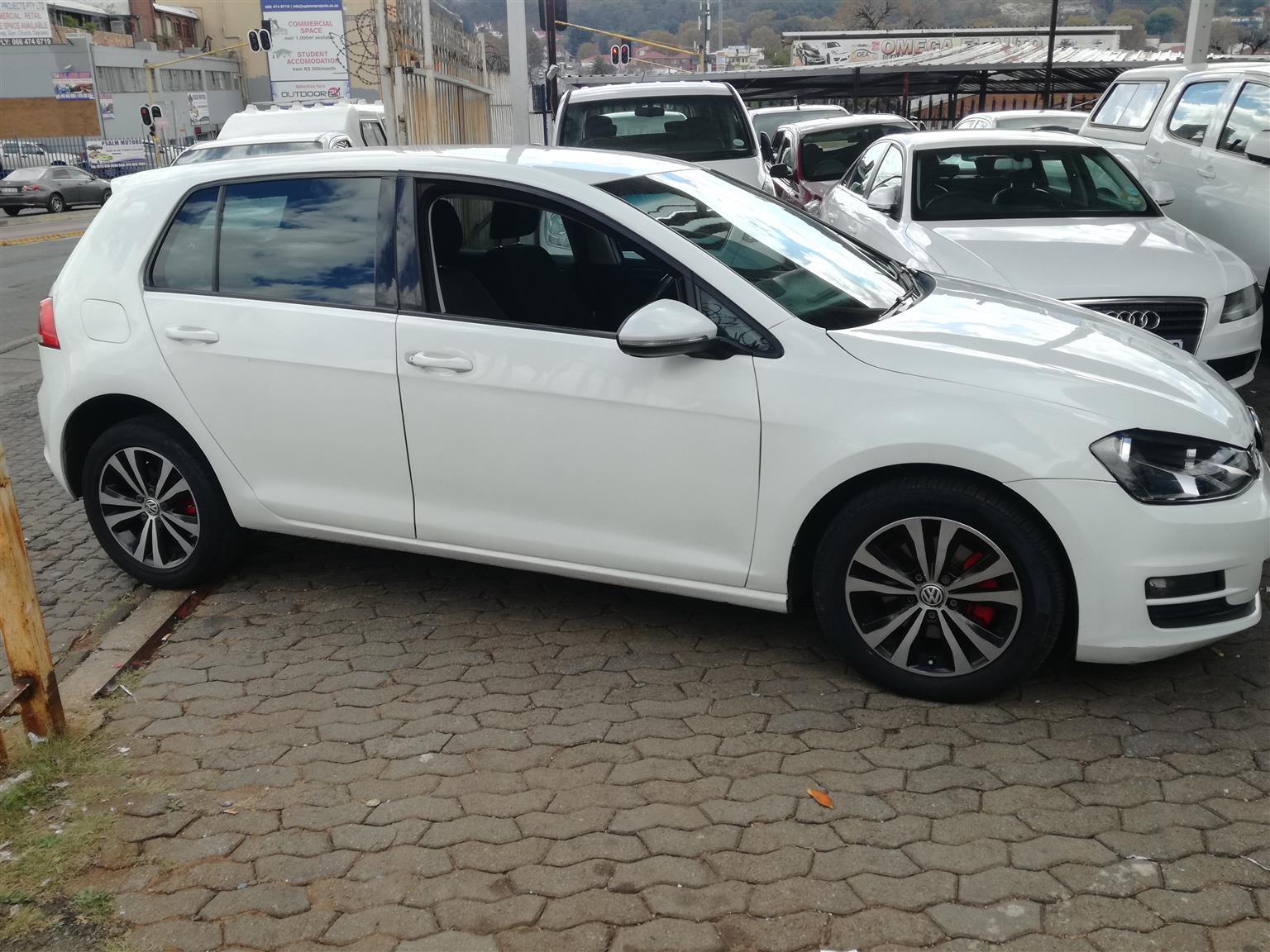 Volkswagen Golf Vii 1.4 TSI 2013  Model