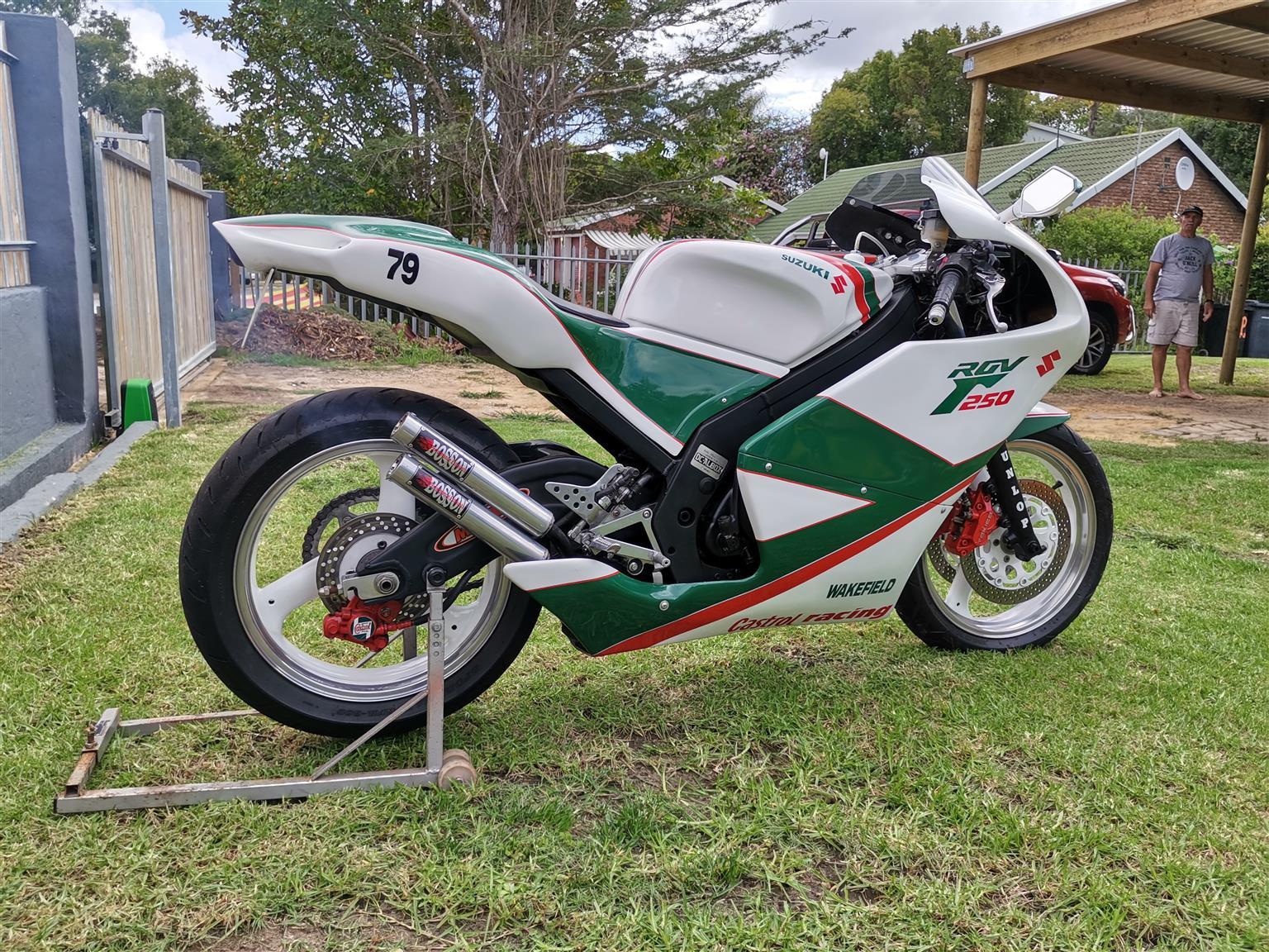 Suzuki Rgv 250 fully custom, Papers in order