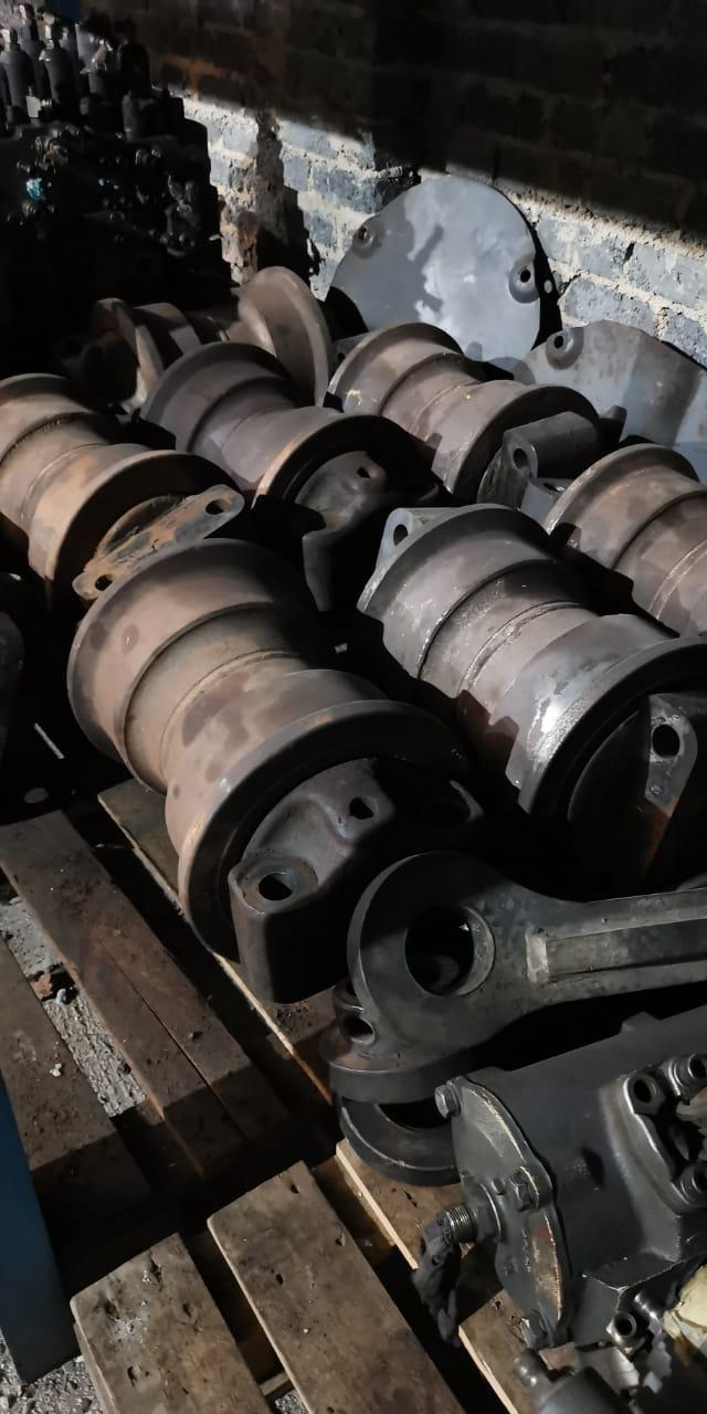 Rollers for komatsu 1250-7_8