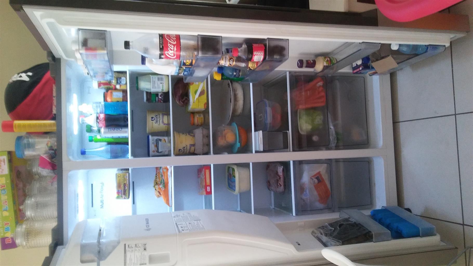 Double door fridge/freezer