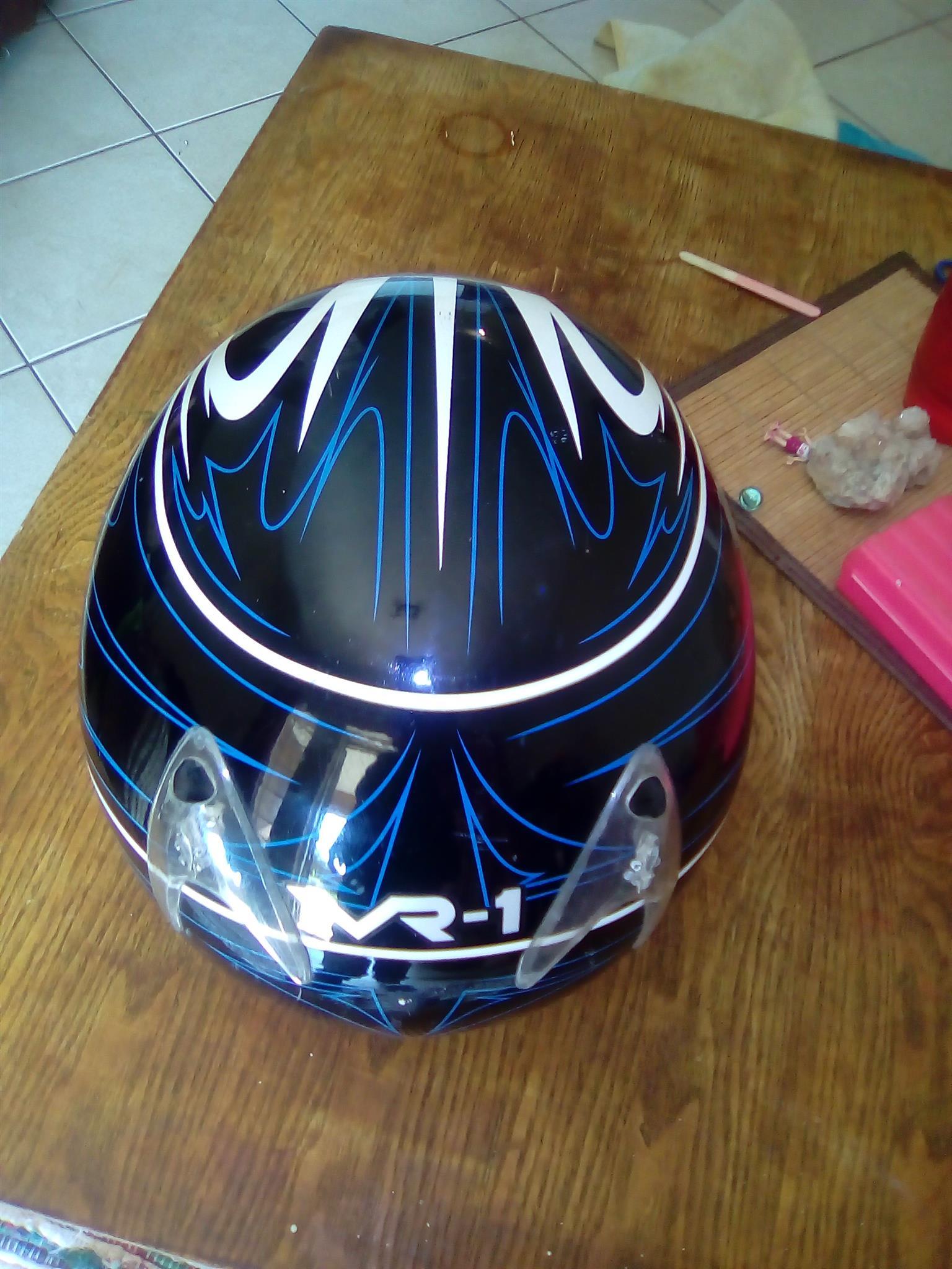 VR1 Antman Full Face Helmet