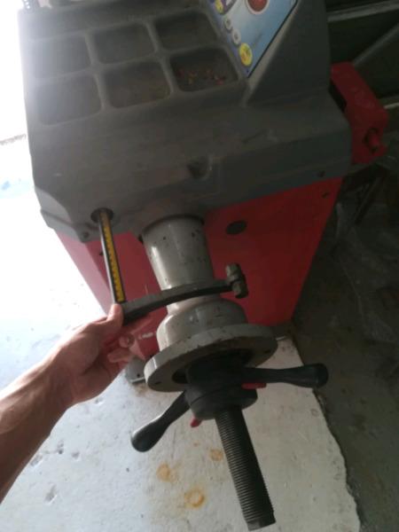Fasep 306.G2 wheel balancer