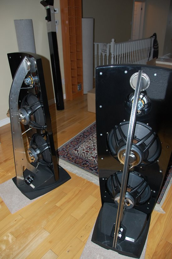 JAMO REFERENCE R907 LOUDSPEAKERS