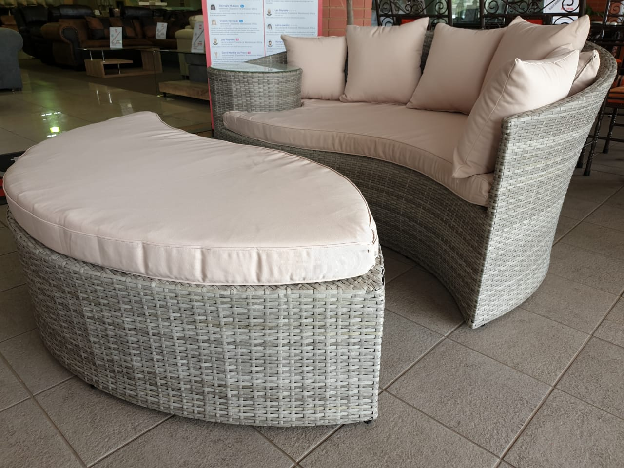 Cairns Poly Wicker Patio Set Junk Mail