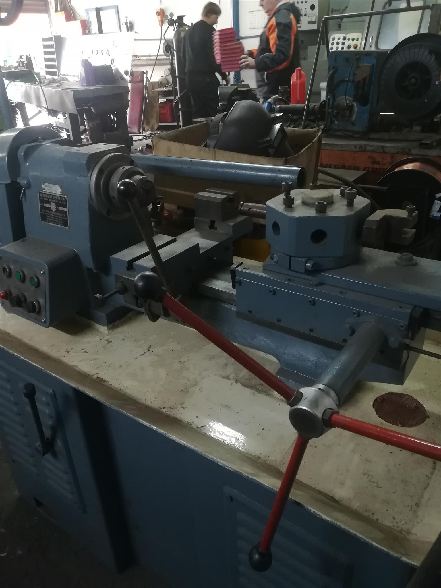 Li Huan LHT-32 Turret Lathe for sale