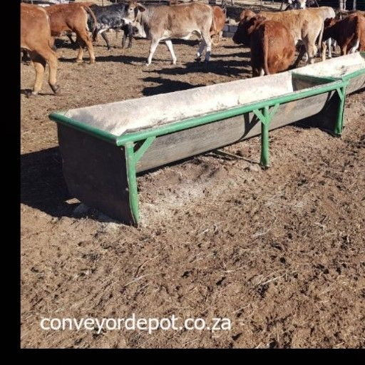 Feeding troughs at the lowest prices -L24