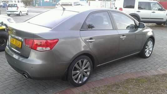 2012 Kia Cerato sedan 1.6 EX