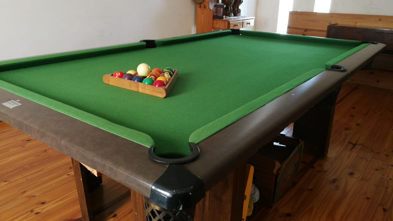 Pool Snooker Table