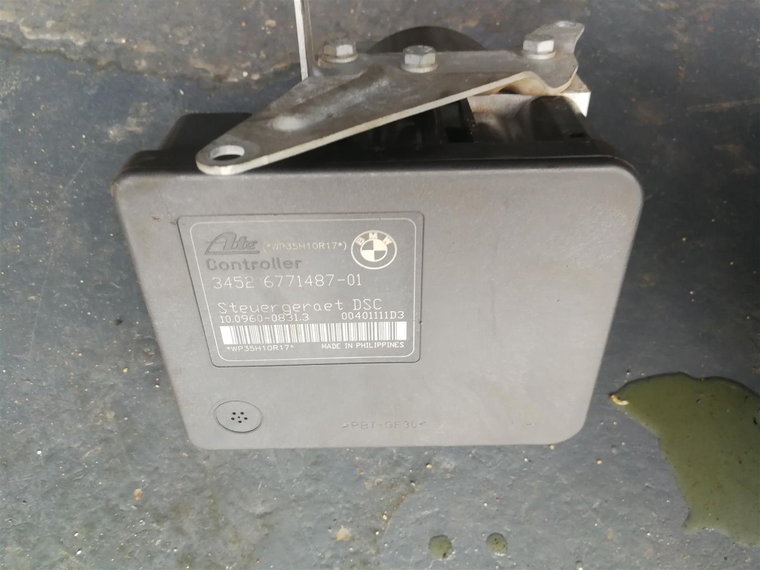 For sale bmw e90 320i ABS Pump