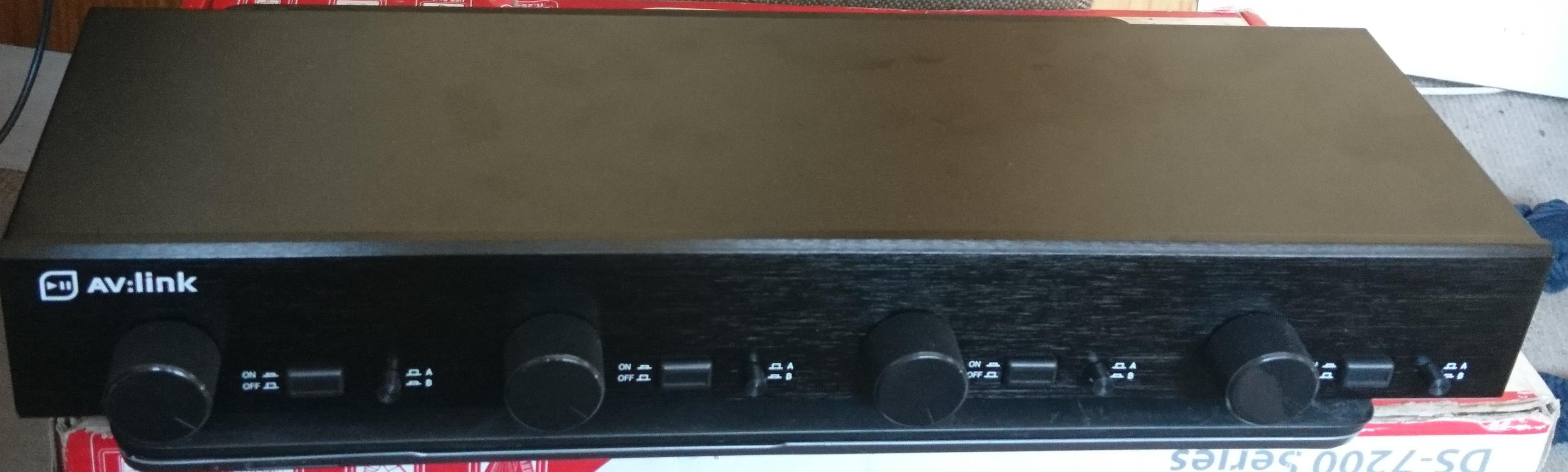 Speaker Distributor (4 Zone Out Volume Selector 2 Inputs)