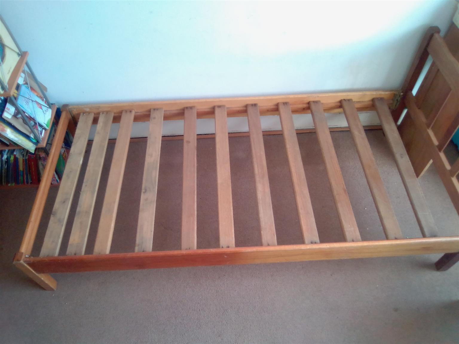 Wooden Single Bed. Oak. Used.