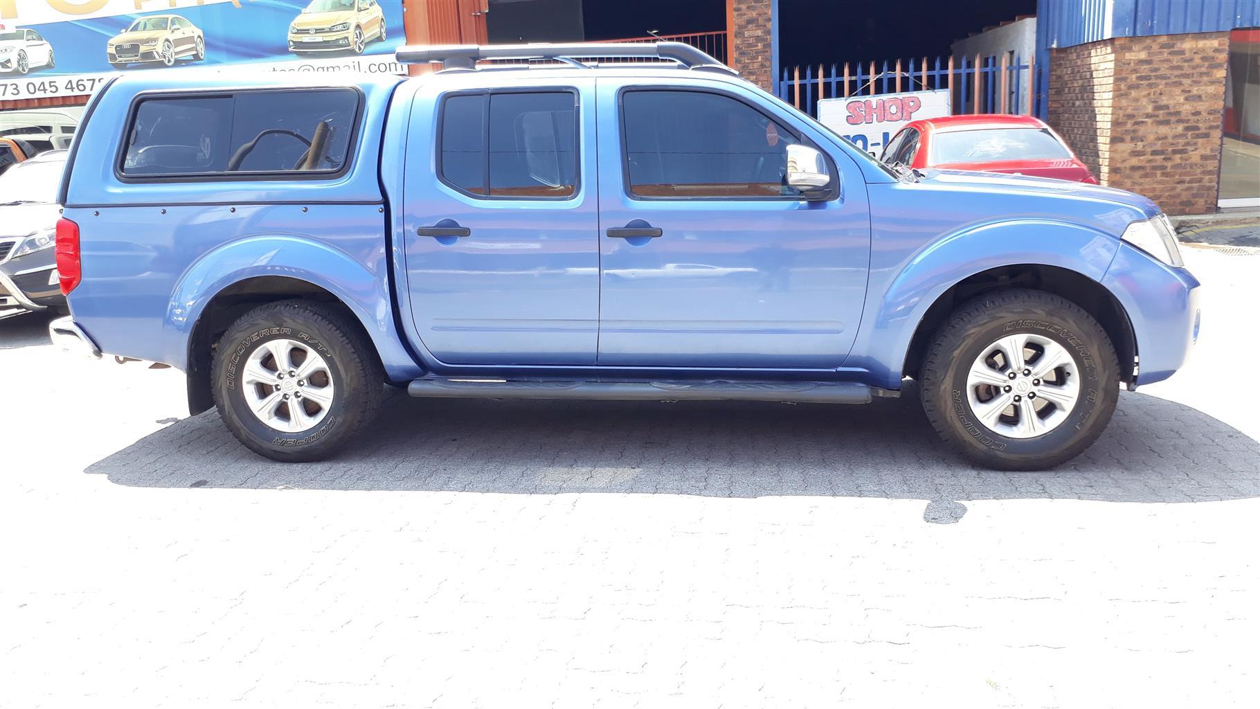 2011 Nissan Navara 2.5dCi double cab 4x4 LE