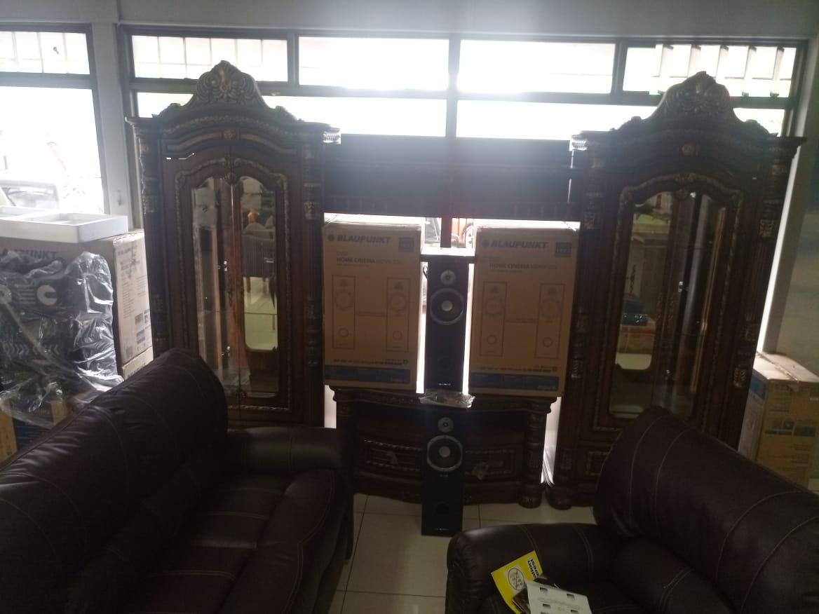 Home Decor items on auction
