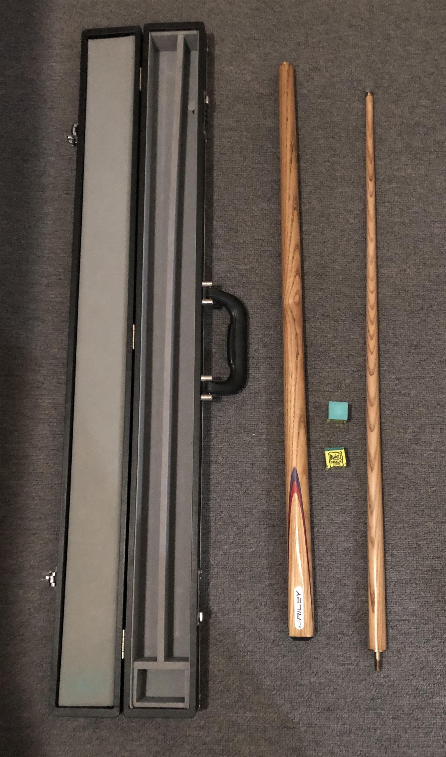 Riley original two piece pool cue stick