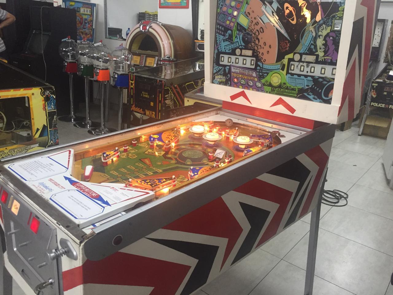 Orbit Pinball Machine, a 4 player pinball machine manufactured by Gottlieb for sale