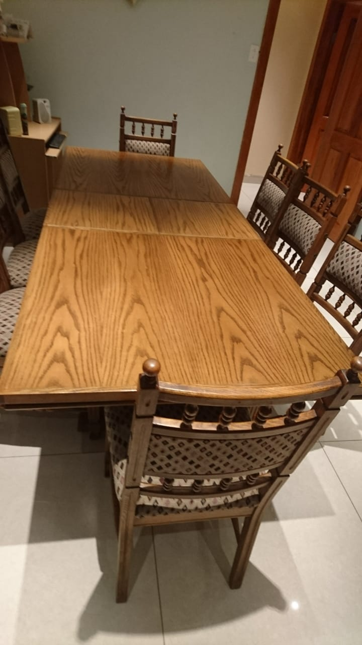 9 piece extendable oak table and chairs