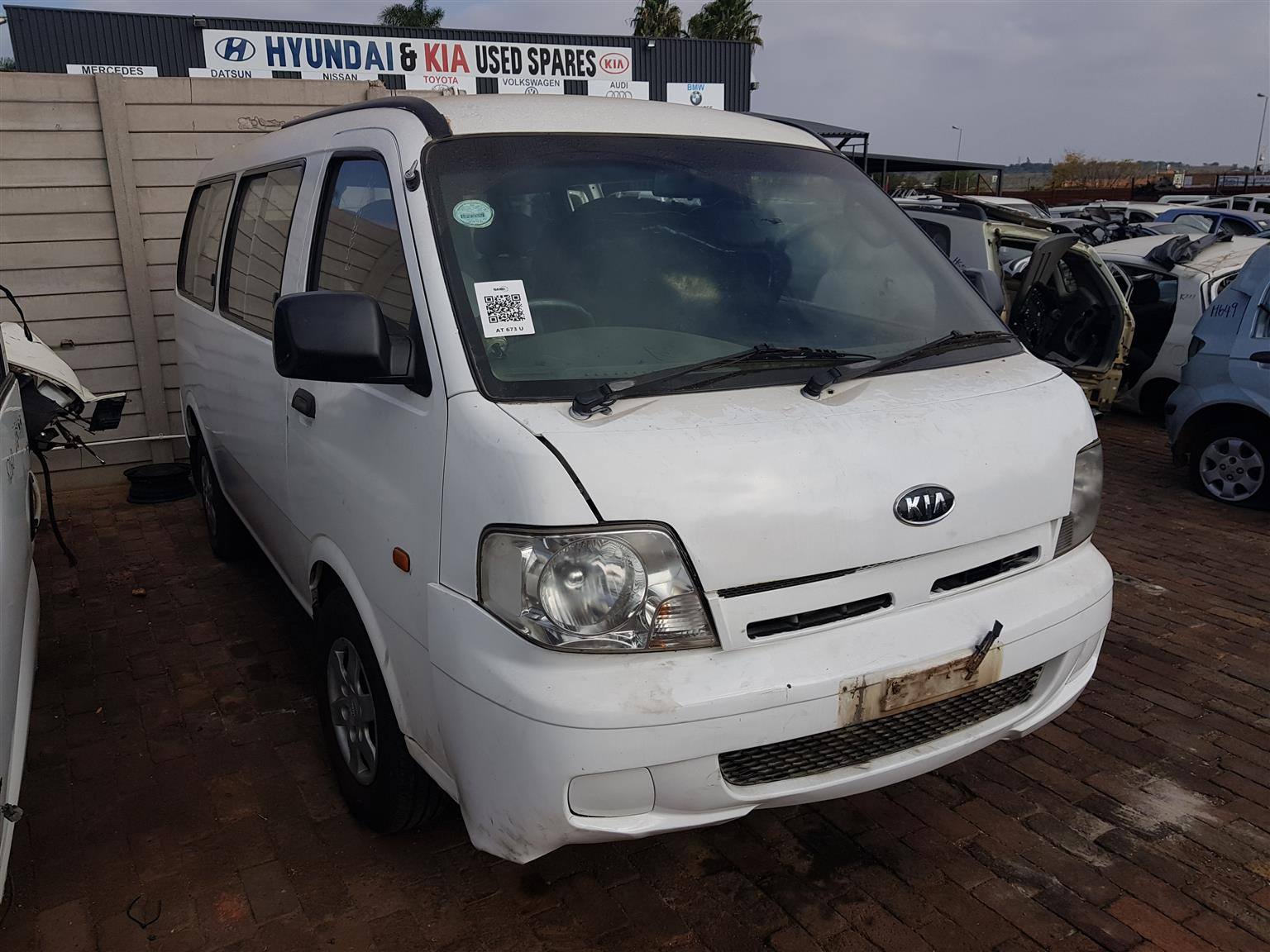 Kia pregio 2.7 2006 model now for stripping of all parts.