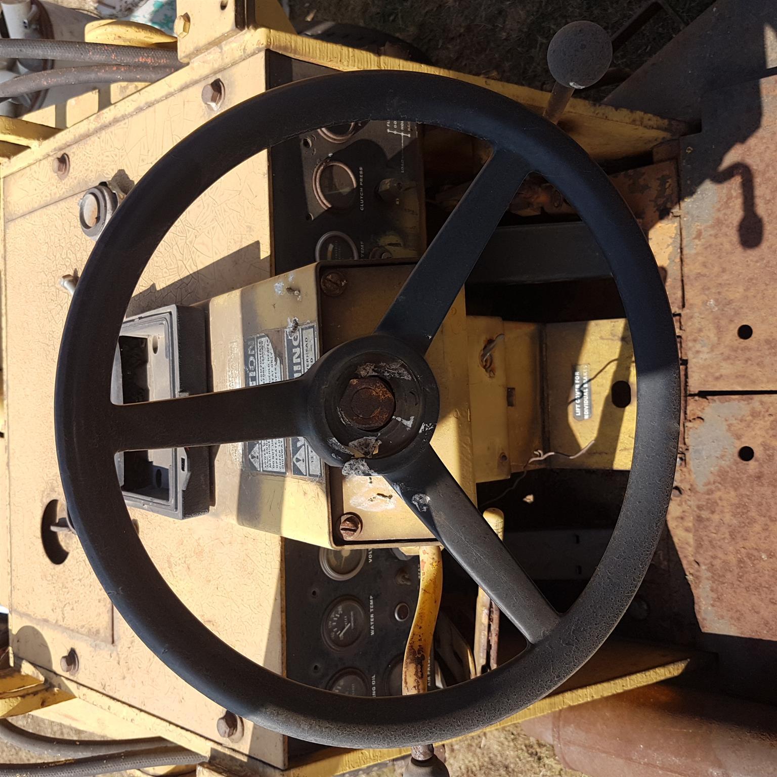 Case 780 TLB