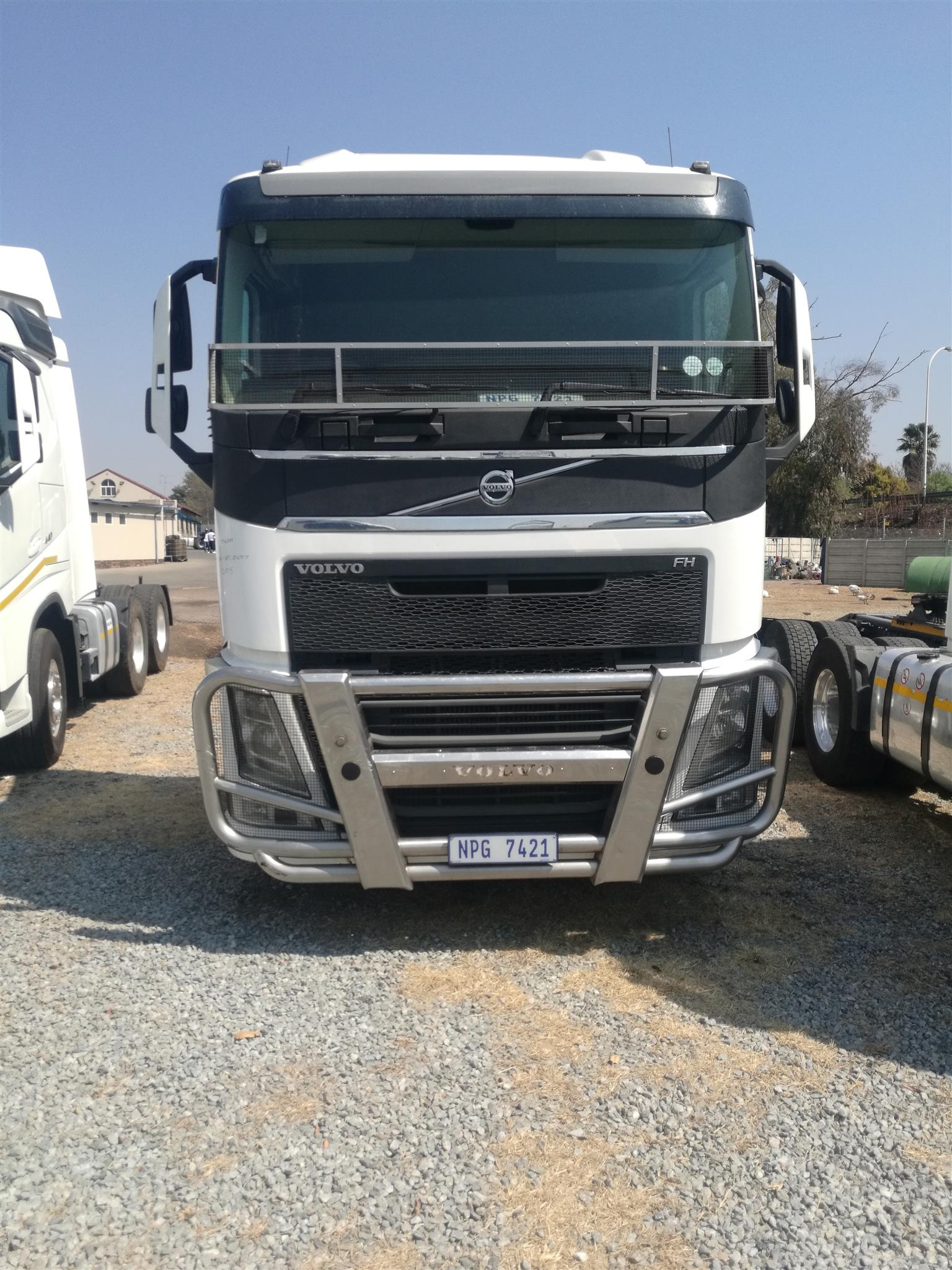 2015 VOLVO FH 440 DOUBLE DIFF HORSE FOR SALE IN MINT CONDITION