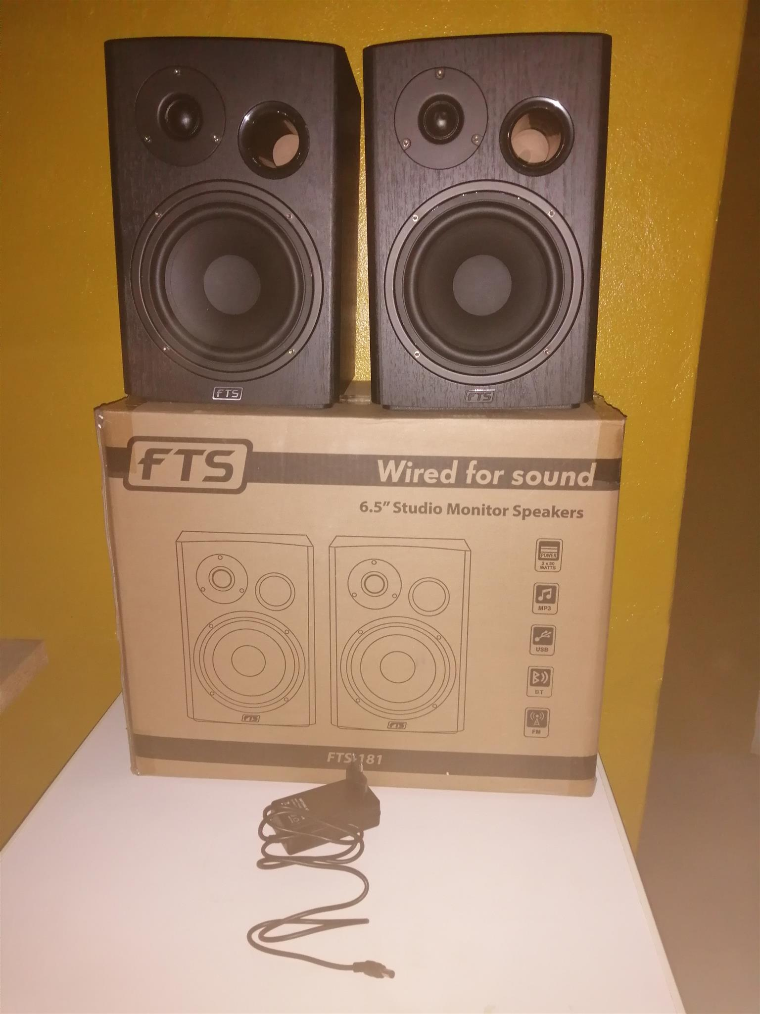 speakers 6 5 studio monitor fts 181 brand new including 6 month guarantee alberton jhb. Black Bedroom Furniture Sets. Home Design Ideas