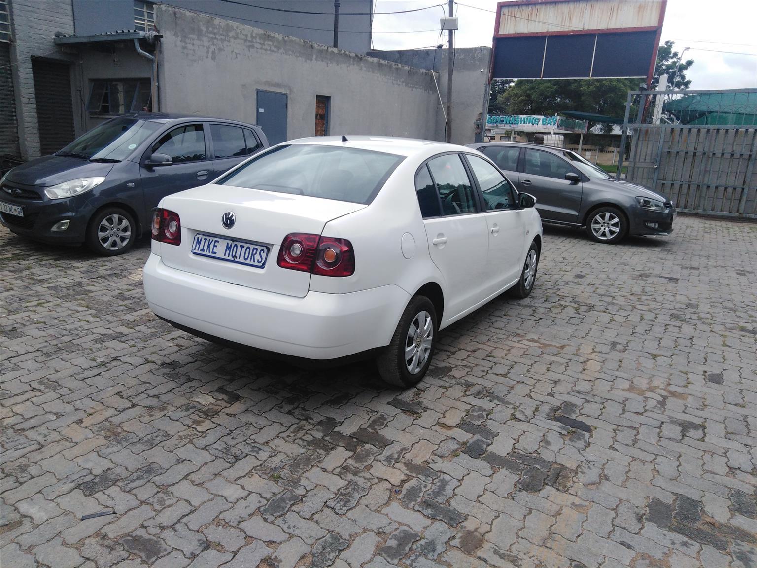 2016 VW Polo Vivo 5 door 1.6 Trendline