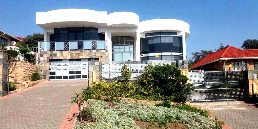 Magnificient 4 bedroom home, Craigieburn, Umkomaas, KZN