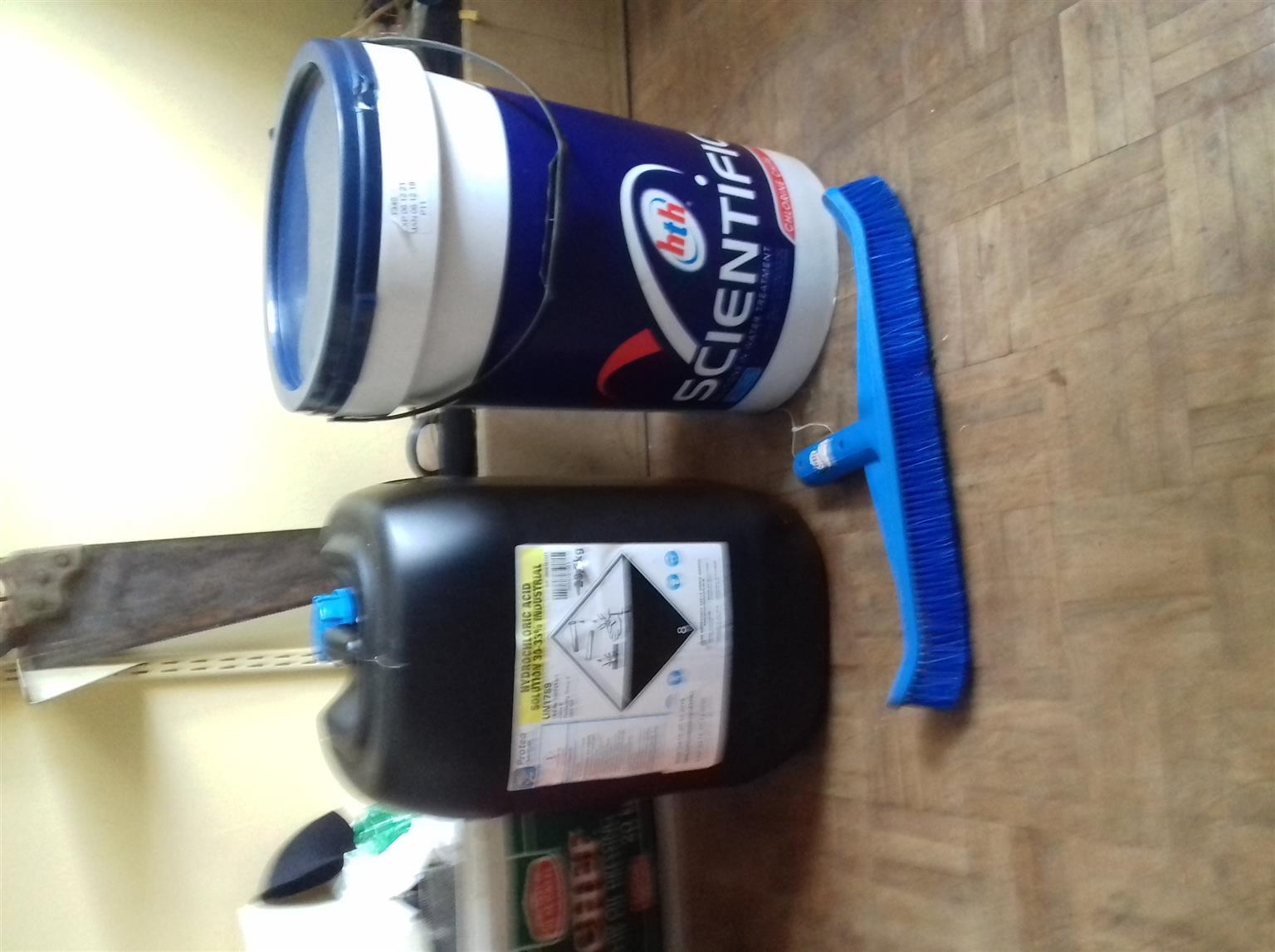 HTH and Hydrochloric acid