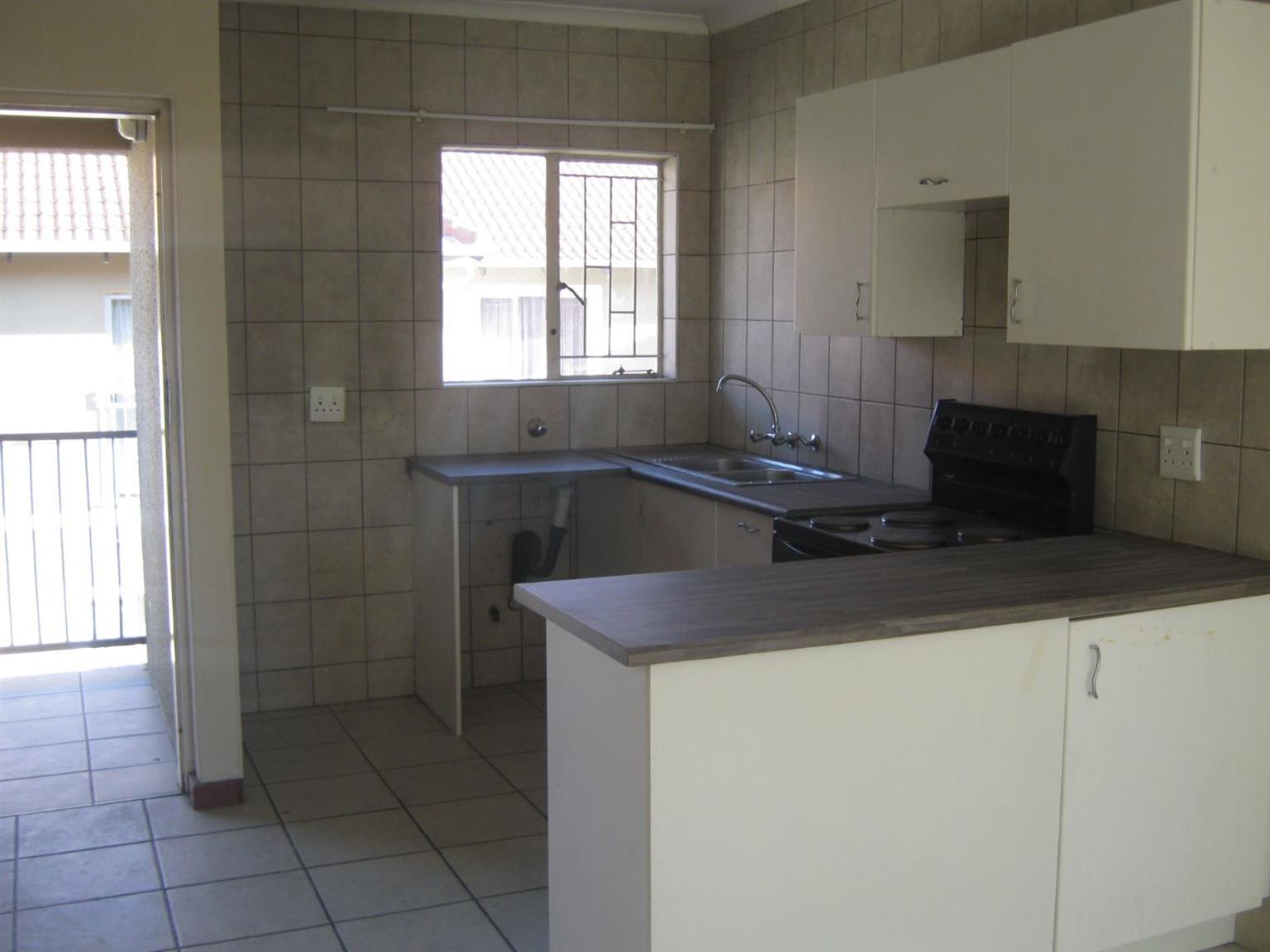 Townhouse Rental Monthly in COMET