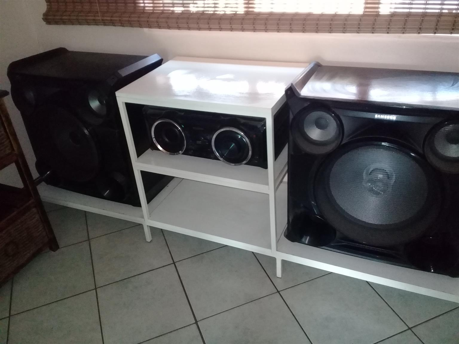 Samsung Hi Fi In Very Good Condition