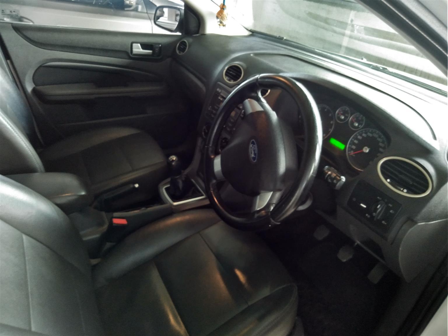 2009 Ford Focus 1.6 5 door Si