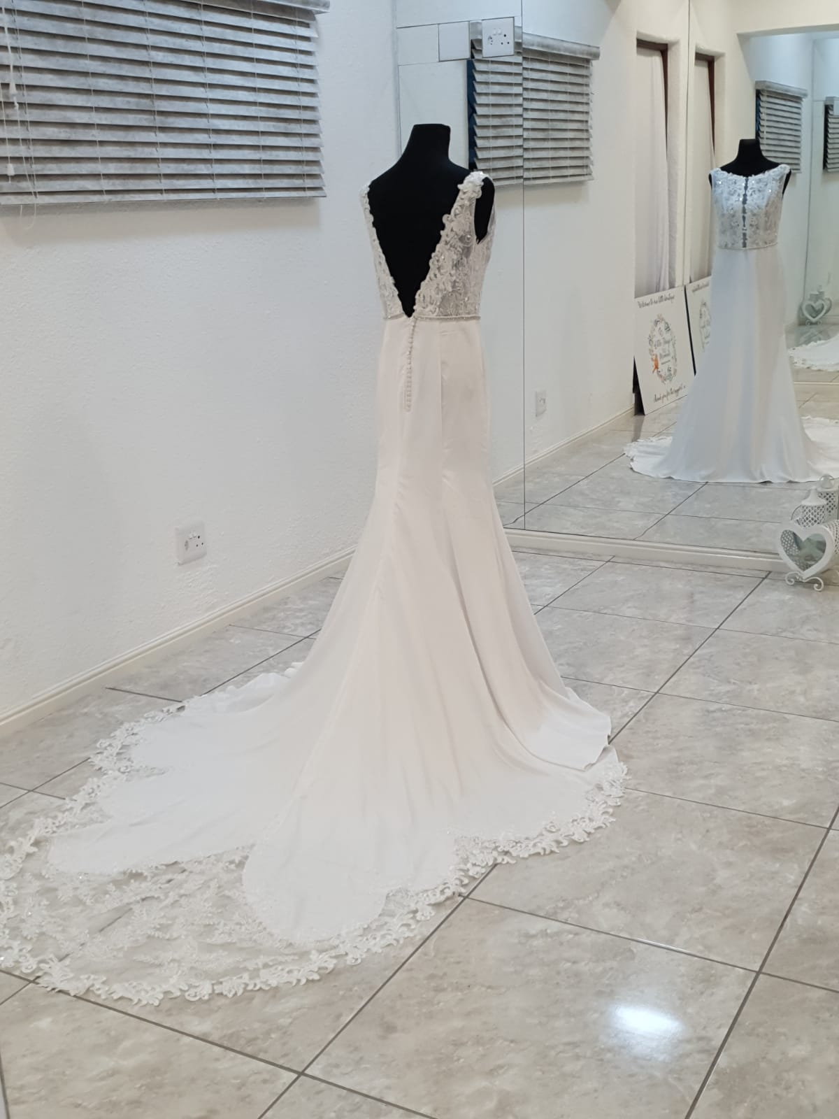 Wedding dresses to hire