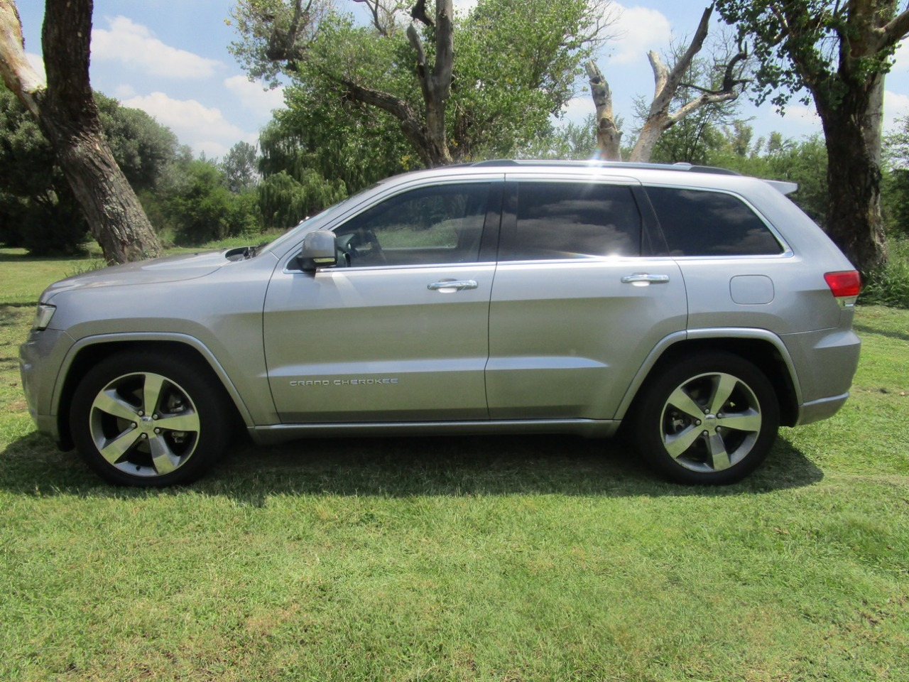 2014 Jeep Grand Cherokee 3 0crd Overland Off Road Adventure Junk Mail