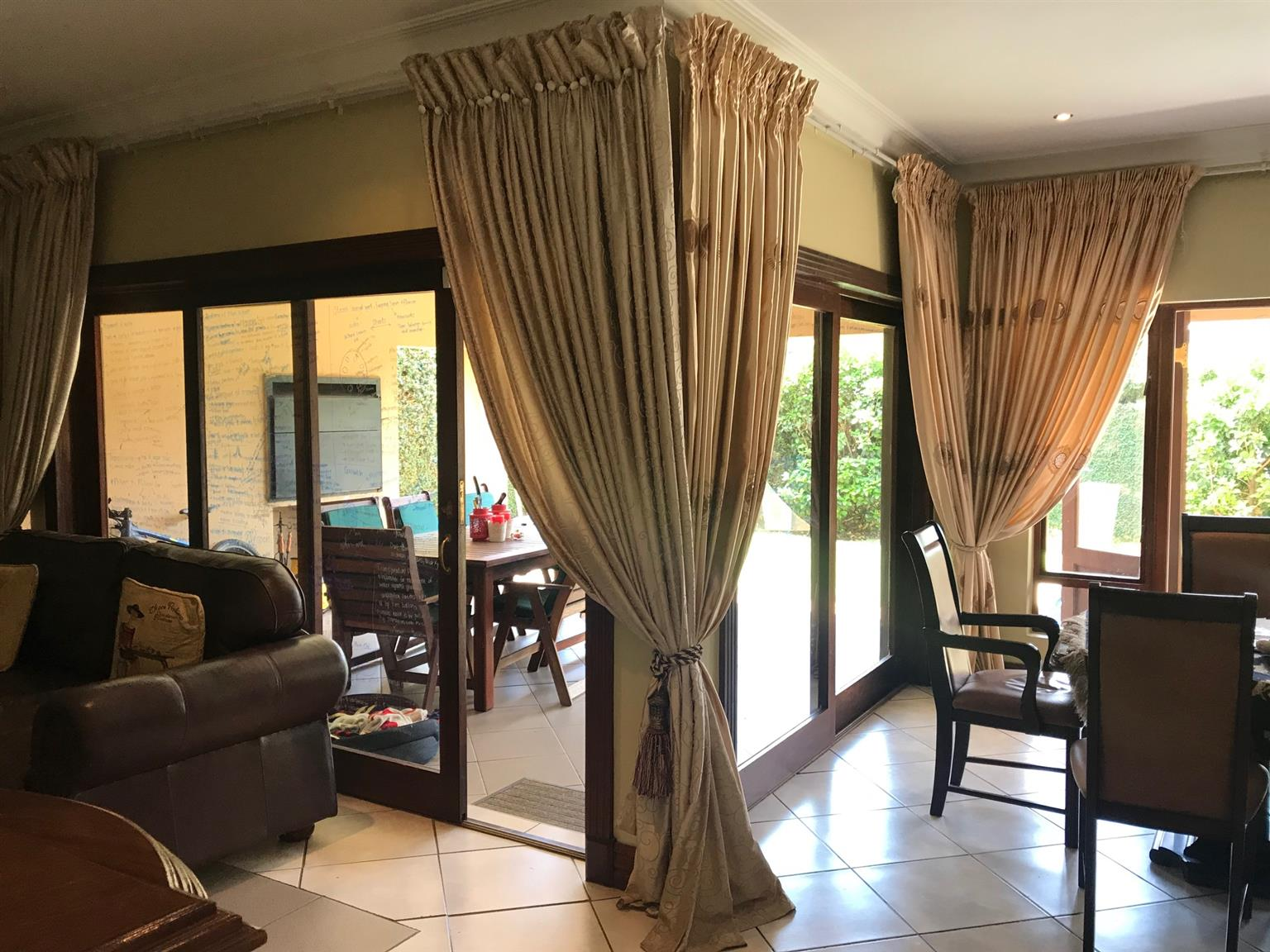 Beautiful family home in Silver Lakes Golf Estate