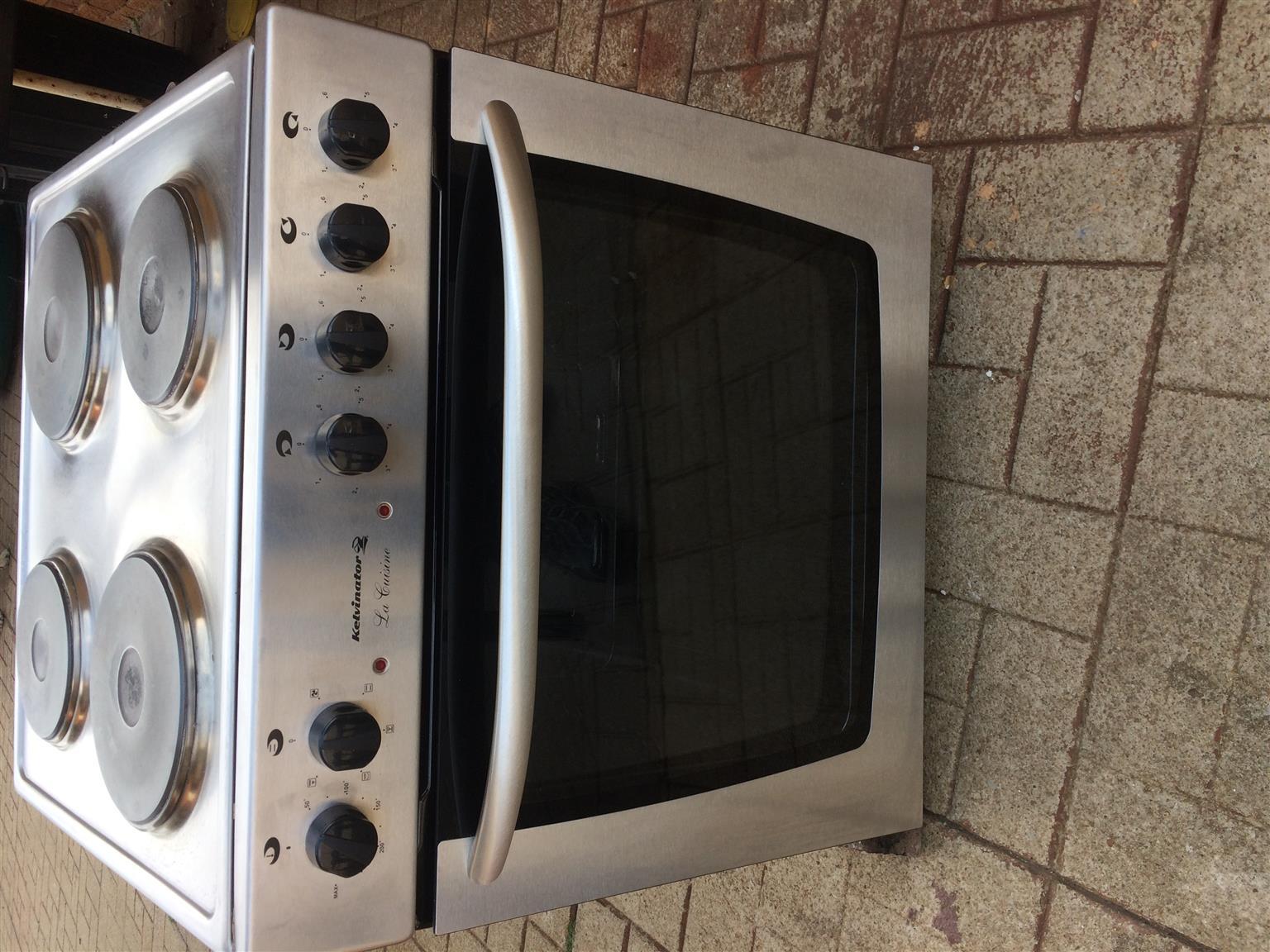 Kelvinator La-Cuisine Stove top and oven